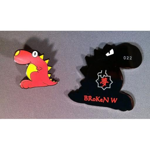 broken-w-spike-geocoin-and-pin-set-2-versions--[4]-118-p.jpg